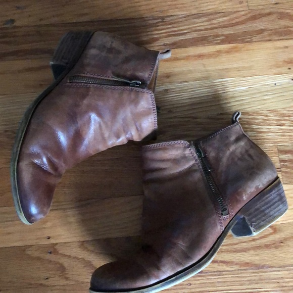 3791d6c770e Lucky Brand Shoes - Lucky Brown Leather Ankle Boots